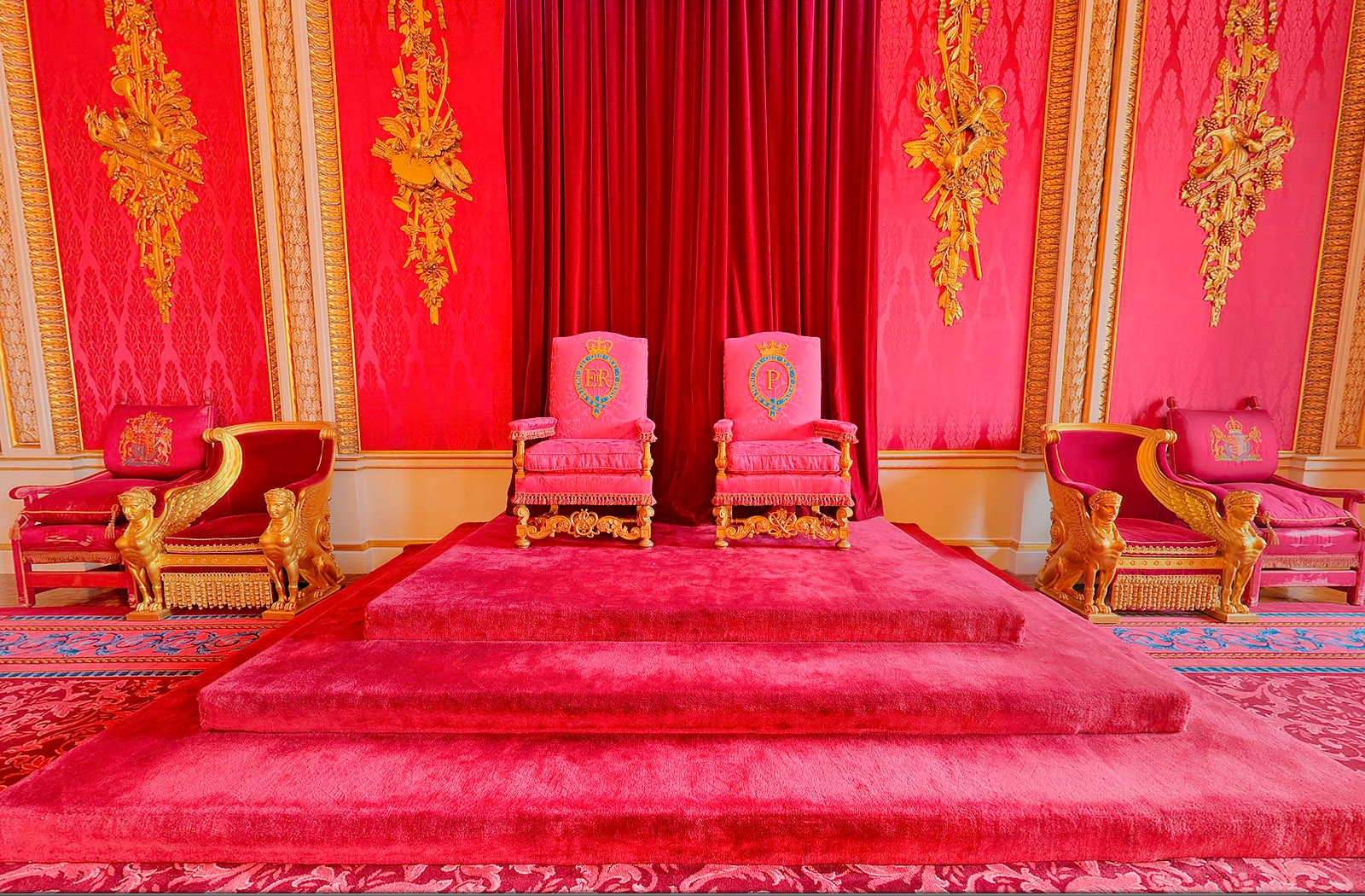 New Buckingham Palace Virtual Tours in celebration of the Royal Wedding