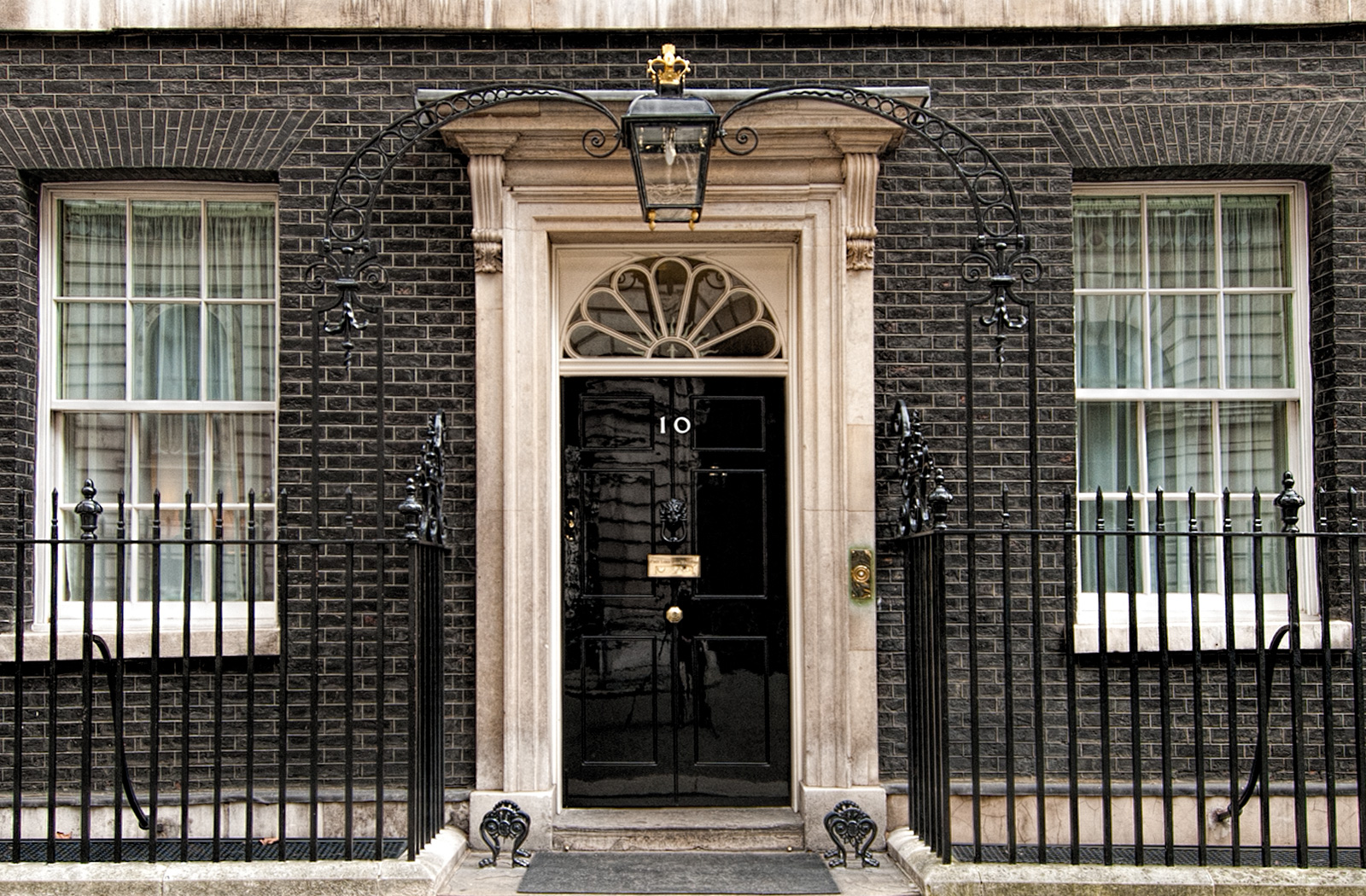 10 Downing Street Virtual Tours