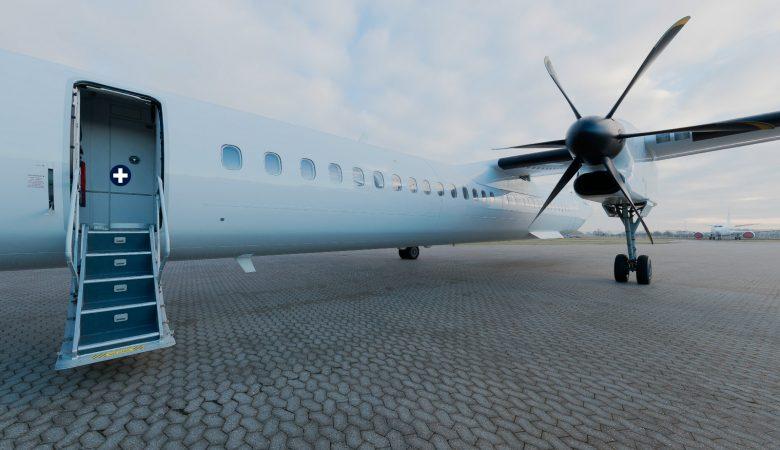 Bombardier Dash 8 Q400 Virtual Tour